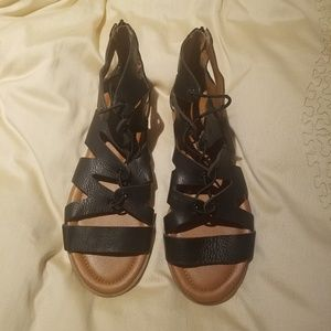 Lucky Brand Leather Sandal